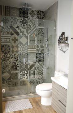Bathroom Design Luxury, Bathroom Design Small, Bathroom Layout, Modern Bathroom, Small Tile Shower, Home Depot Bathroom Vanity, Kitchen Cabinets Decor, Home Room Design, Bathroom Inspiration