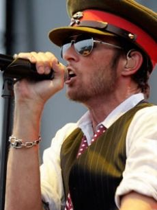 Scott Weiland, Velvet Revolver and Stone Temple Pilots front man