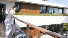 Heimreise Insider 748 Amalfi Drive, Pacific Palisades _ Quintessential California Modern_HD Home Tour – Luxus Moderne Zeitgenössische Architektur Design Ideen. Architecture Design, Modern Architecture House, Amalfi, Villa Design, Cool House Designs, Modern House Design, Villa Luxury, Conception Villa, Modern Minimalist House