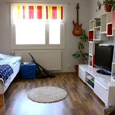 En hylla till Sebastians rum