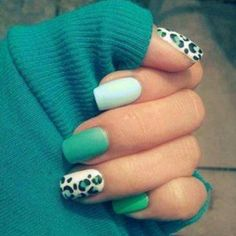Green pretty nails ❤