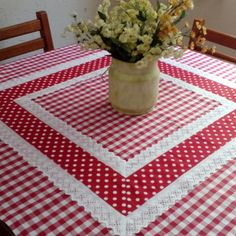 Table Runner And Placemats, Table Runners, Cushion Cover Designs, Black Table, Christmas Pillow, Flower Centerpieces, Home Decor Kitchen, Table Linens, Quilting Designs
