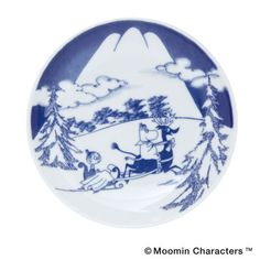 To know more about MOOMIN×amabro SOMETSUKE / SNOW MOUNTAIN, visit Sumally, a social network that gathers together all the wanted things in the world! Featuring over 33 other MOOMIN×amabro items too! Japan Illustration, Tove Jansson, Ceramic Boxes, Snow Mountain, Plate Sets, Beautiful Paintings, Scandinavian, Decorative Plates, Images