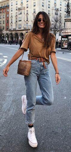 12 grundlegende und stilvolle Looks von María Valdés – Bluse in Tönen - Mode Outfits Mode Outfits, Trendy Outfits, Fashion Outfits, Fashion Trends, Classy Outfits, Chic Outfits, Fashion Ideas, Jean Outfits, Converse Fashion