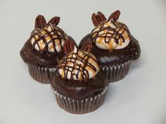 Everybody is in such a hurry these days.  So why not take some time and enjoy our newest cupcake, the Turtle.  It's a Dark Chocolate cake filled with Caramel dunked in a Dark Chocolate Ganache topped with a Caramel Buttercream drizzled with Caramel and Dark Chocolate Ganache, toasted Pecans and a touch of Sea Salt.  Never rush a Turtle! #cupcakedesign #cupcakedecorating #turtles