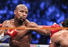People Are HATING HARD On Floyd Mayweather . . . But We Have The PHOTOGRAPHIC EVIDENCE . . . That He AIN'T RUN FROM PACQUAIO Last Night!!!