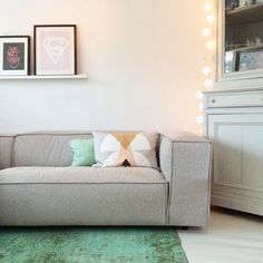 ☆ love the sofa