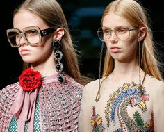 5cdf97f9132 The Many Gucci Spring 2016 Accessories That Have Got Us Spellbound