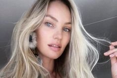 Ice Blonde Hair Is Spring's Coolest Color Trend - Ice Blonde Hair, Creme Anti Rides, Double Menton, Slippers For Girls, Les Rides, Beachy Waves, Spring Hairstyles, Wellness Programs, Blonde Hairstyles