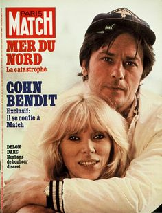 Mireille Darc et Alain Delon Alain Delon, Old Portraits, French Movies, Paris Match, Old Ads, Horror Movies, Movie Stars, Actors & Actresses, The Godfather