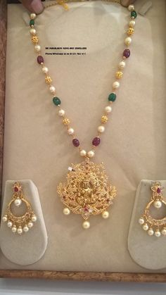 Jewelry OFF! Check Out These Small ( Stunning) Gold Necklace Designs Pearl Necklace Designs, Jewelry Design Earrings, Gold Earrings Designs, Pendant Jewelry, Beaded Jewelry, Gold Necklace, Jewellery Designs, Jhumka Designs, Pandora Necklace