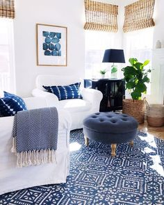 Decorating with Blue and White Fresh Ideas for Your Home &; jane at home Living room decor with bl&; Decorating with Blue and White Fresh Ideas for Your Home &; jane at home Living room decor with bl&; […] at home summer Modern White Living Room, Coastal Living Rooms, Home Living Room, Living Room Designs, Living Room Decor, Small Living, Cottage Living, Living Room Accents, Cottage House