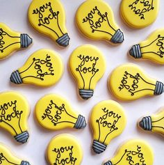"""""""We are loving these How will you make your Wednesday fabulous? [Make your own with our Lightbulb Cookie Cutter! Iced Cookies, Cookies Et Biscuits, Sugar Cookies, Diy Christmas Lights, Christmas Light Bulbs, Retirement Cakes, Retirement Quotes, Retirement Parties, Retirement Planning"""