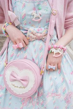 Pastel sweet lolita outfit with super #kawaii accessories.