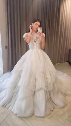 Cute Wedding Dress, Dream Wedding Dresses, Bridal Dresses, Wedding Gowns, Wedding Dress Princess, Elegant Dresses, Pretty Dresses, Beautiful Dresses, Ball Dresses