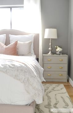 Guest bedroom makeover with Benjamin Moore 'Chelsea  Gray' paint.