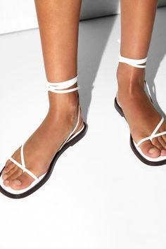 Burberry Beige Novacheck Fabric Hans T Strap Sandals Size 39