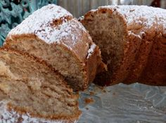 Norwegian Cardamom Cake... Sounds yum! Reminds me of something my Mom or Nana would make. I bet this smells so good.