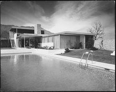 SHULMAN, JULIUS (1910-2009) [Kaufmann House, 470 West Chino Canyon Road, Palm Springs, CA. 1946. Richard Neutra architect].