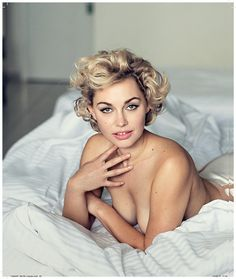 Check out our latest blog about how Dutch Actress Maartje van de Wetering crawled in the skin of Marilyn Monroe for Dutch magazine LINDA.
