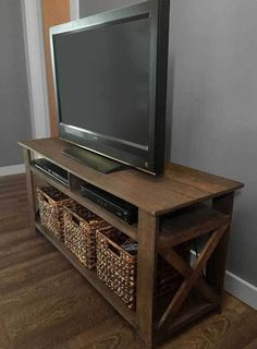 Rustic Pallet TV Stand Plans by Kelscahill on Etsy