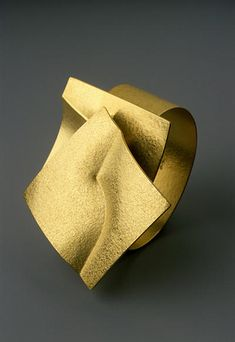 'Swivel' 18k gold bracelet | Jaqueline Mina