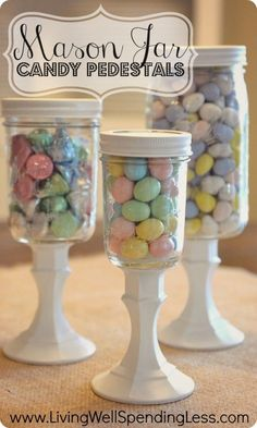 DiY Mason Jar Candy Pedestals--SO simple to make & so cute! Swap out the seasonal candy to use them all year long. #DiY #masonjar #crafts