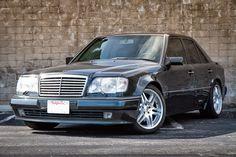 Mercedes E 500, Classic Mercedes, Mercedes Benz Cars, Benz E Class, Engin, Car Brands, Large Photos, Car Manufacturers, Old Cars