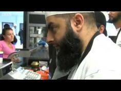 UK: Muslims help the homeless in Ramadan