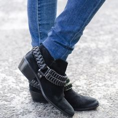 Sam Edelman Posey Booties So cute and perfectly on trend! Very excellent pre worn condition. Zero noticeable flaws. No trades!! 022016100gwb Sam Edelman Shoes Ankle Boots & Booties