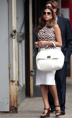 Eva Mendes Photos - Eva Mendes With Boyfriend George Gargurevich in Midtown Manhattan - Zimbio