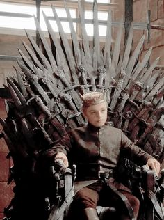Leave her Alone, She's Watching Game of Throws Tommen, Game Of Thrones Series, King's Landing, Jaime Lannister, Iron Throne, Films, Games, King, Movies