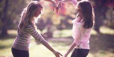 The friend : a being that life does not explain