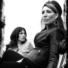 Tara & Gemma...so the old has lost her crown to the up & coming!! C'mon season 5!!