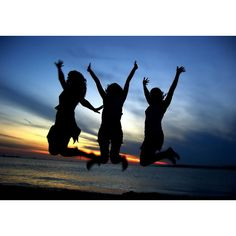 Three_Girl_Friends_Celebrating ❤ liked on Polyvore featuring best friends, pictures, people, backgrounds and friends