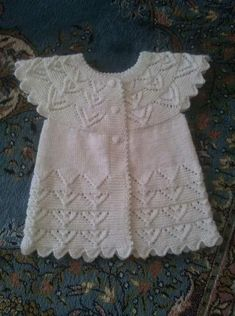 Diese 41 verschiedene Strick Baby Weste Cardigan Kleid Modelle No Sells! This 41 different knitted baby vest cardigan dress models No Sells! Baby Knitting Patterns, Knitting For Kids, Easy Knitting, Crochet For Kids, Crochet Baby, Dress With Cardigan, Baby Cardigan, Vestidos Bebe Crochet, Knitted Baby Clothes