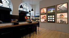 Caran d'Ache - Shop in Shop in Papeterie Brachard, Genf. Ladenbauelemente- Produktion, Planung, Koordination und Bauleitung by retailpartners ag.