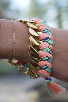 Woven Chain Bracelet | 41 Amazing Free People-Inspired DIYs
