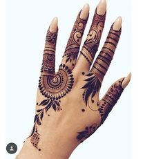 Traditional Mehndi Designs for Hands and Arms - Sensod - Create. Modern Henna Designs, Traditional Mehndi Designs, Henna Art Designs, Mehndi Designs For Girls, Indian Mehndi Designs, Mehndi Designs For Fingers, Wedding Mehndi Designs, Mehndi Design Pictures, Simple Mehndi Designs