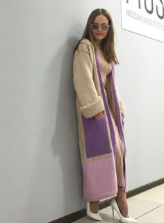 Make sure you visit our pages for way more in regards to this marvelous photo Knit Cardigan Pattern, Crochet Cardigan, Knit Dress, Knitwear Fashion, Knit Fashion, Mohair Sweater, Lightweight Cardigan, Vogue Fashion, Handmade Clothes