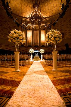 Gotham Hall New York City Wedding. O-M-G..I would LOVE to have my wedding at a venue like this!!!