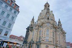 Dresden für Kulturfreunde Dresden, ja das ist Semperoper, Frauenkirche und Neues Grünes Gewölbe, aber auch Gemütlichkeit am Elbufer und Kreativität in der Neustadt. Dresden, New Details, Kirchen, San Francisco Ferry, Notre Dame, Barcelona Cathedral, Building, Travel, Fresh