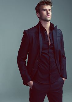 Men's black on black suit #mens #fashion #man #style