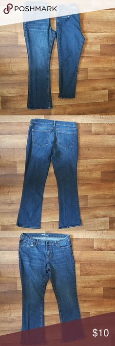 Women's Jeans Women's jeans  Old Navy the flirt Bootcut Size 12S  Used condition Old Navy Jeans