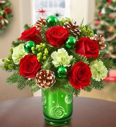 Cute Holiday Flowers for a centerpiece