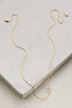 Full Circle Pendant Necklace