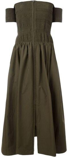 Pin for Later: Succomberez-Vous aux Robes Boho à Épaules Dénudées?  Fendi Robe À Épaules Dénudées (2,200€)