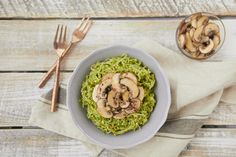 Vegan Kelp Noodles with Pesto - Healthy with NediHealthy with Nedi