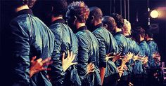 Jonathan Groff's beautiful back... Glee