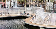 Floating Island in Belgium Drives People to the Waterside Schwimmende Insel in Belgien bringt Menschen ans Wasser Villa Architecture, Floating Architecture, Landscape Plans, Landscape Design, Parque Linear, Urban Furniture, Urban Planning, Bruges, Urban Design